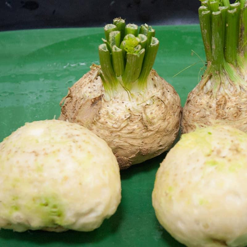 Peeled celeriac