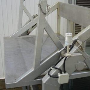 Hydraulic Bin Tipper